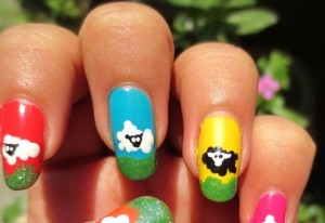 Nail-design-with-goats-and-sheep-1