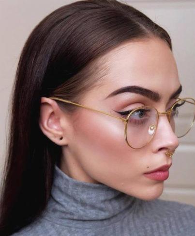 نکات آرایشی برای خانم های عینکی