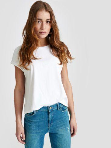 تی شرت سفید زنانه