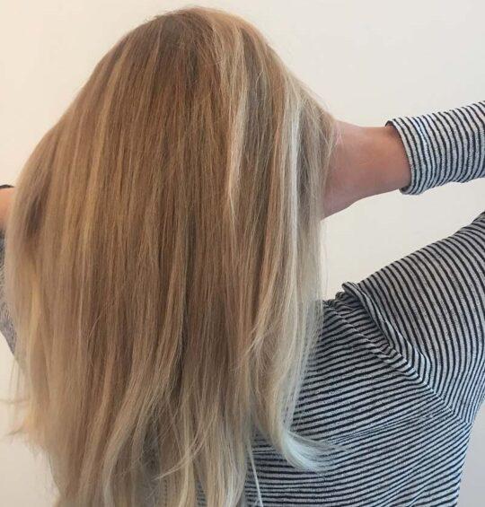 روشن کردن رنگ مو با بابونه